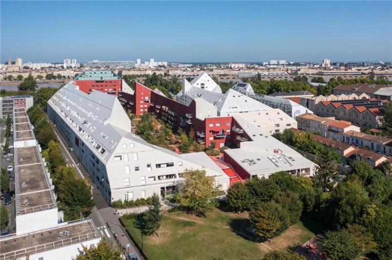 MVRDV法国新作:院落式公寓Ilot Queyries竣工
