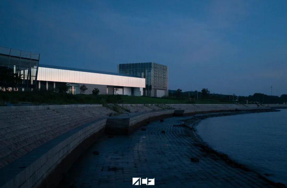 建筑地图135   青岛:山海间